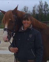 Lyn Stickland - Gerante & Monitrice BEES1